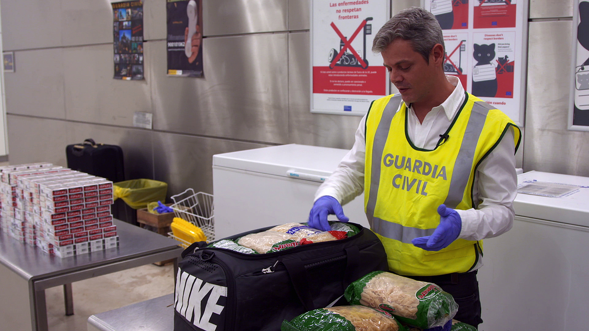 Airport Security: Spagna Stagione 5 (2019).mkv [20/20] WEBRip 720p AAC iTA