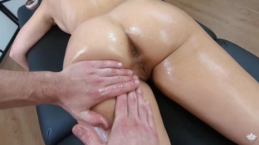 PovMassage – Cherie Deville – Massaging My Friends Hot Mom